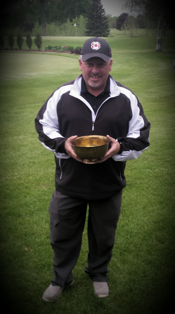 Legends Champion: Terry Mac Donald (Ridgeway CC)